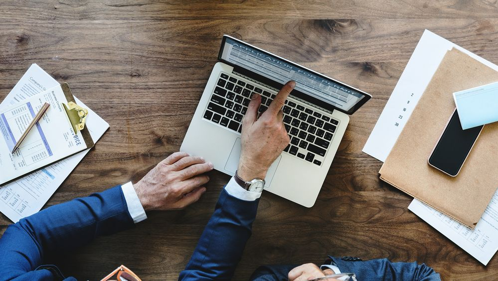 Bringt die Digitalisierung eures Unternehmens voran – mit unseren neuen Webinaren für Geschäftskunden