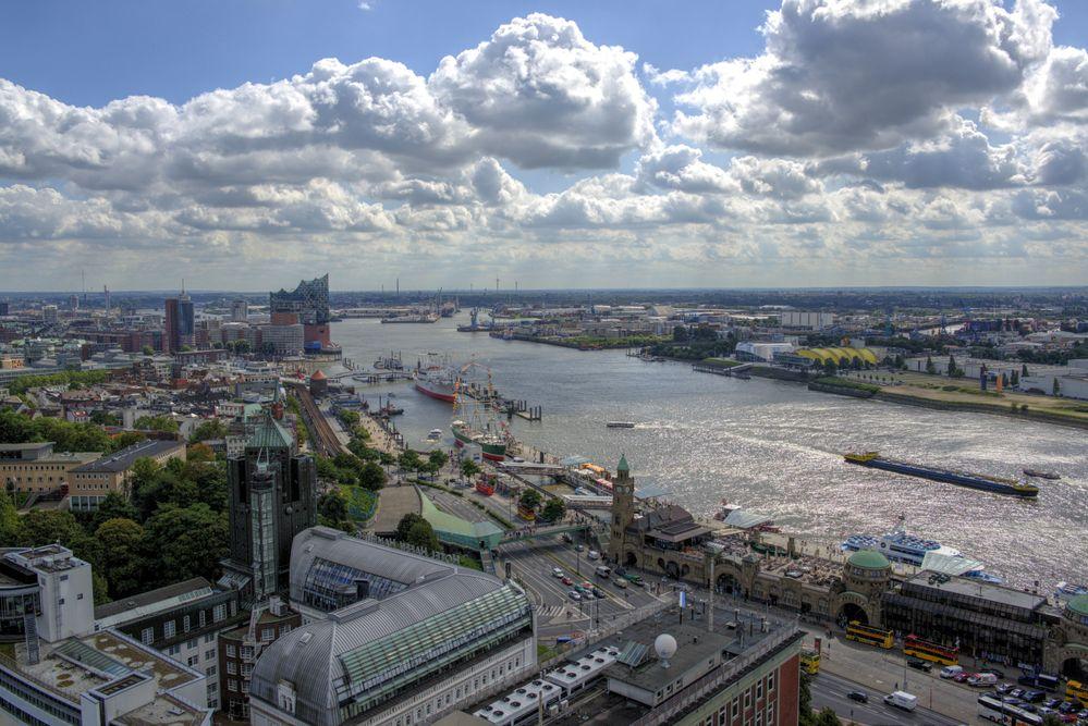 Freie und Hansestadt Hamburg: Startschuss für den Netzausbau